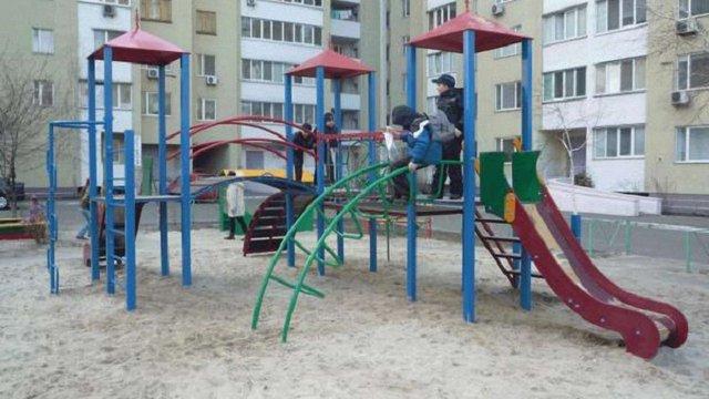 У Львові майданчики передадуть на баланс районних адміністрацій
