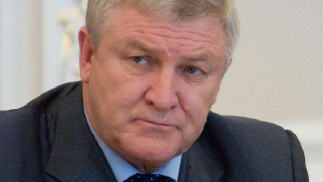 Військова прокуратура розпочала процес заочного засудження міністра оборони часів Януковича