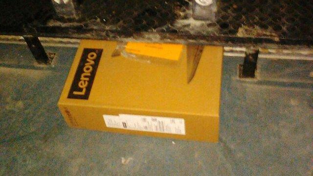 У Краковці за чотири контрабандні ноутбуки українець позбувся автомобіля