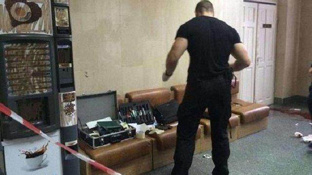 Поліція опублікувала відео з місця вбивства у київській лікарні і назвала його імовірну причину