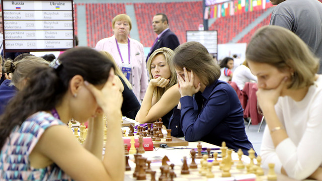 Збірна України зіграла внічию з Росією на шаховій Олімпіаді в Баку