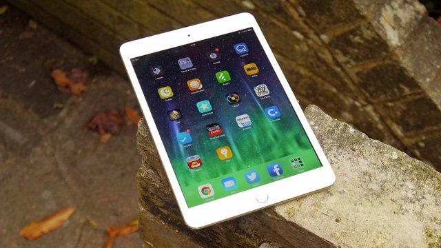 Львівська міськрада вдруге не змогла придбати планшети iPad-mini для депутатів