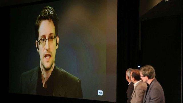 Сноуден визнав, що за останніми хакерськими атаками у США може стояти Росія