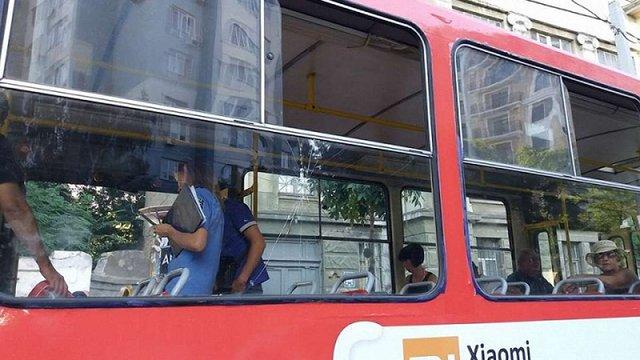 Суперечка в одеському трамваї закінчилася стріляниною