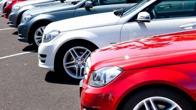 Вищий адмінсуд визнав незаконним податок на елітні автомобілі