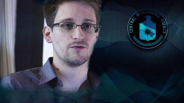 Едвард Сноуден попросив президента США про помилування