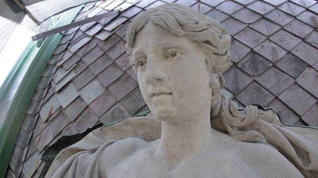 Львівську скульптуру «Ощадність» відреставрують до кінця року
