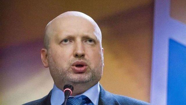 РНБО ввела персональні санкції проти Росії за засудження Сенцова і Кольченка