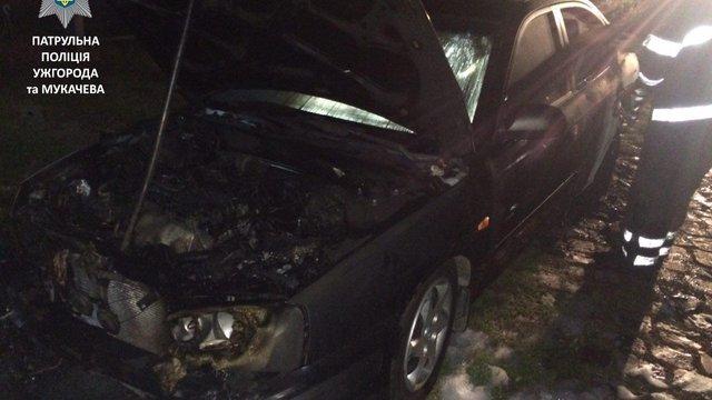 На Закарпатті невідомі підпалили авто прикордонника