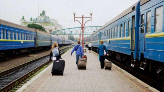«Укрзалізниця» призначила додаткові поїзди з Києва до Львова і Ковеля