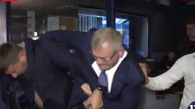 Бійку Парасюка й Вілкула почала розслідувати поліція