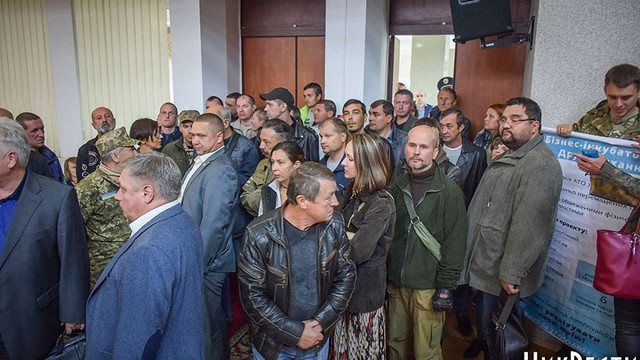 На сесії Миколаївської облради учасники АТО ледь не побилися з депутатами