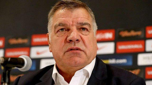 Головного тренера збірної Англії звільнили після розслідування журналістів