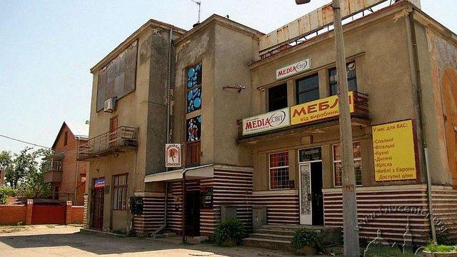 Колишній кінотеатр «Арлекіно» на вул. Городоцькій перетворять на центр розвитку