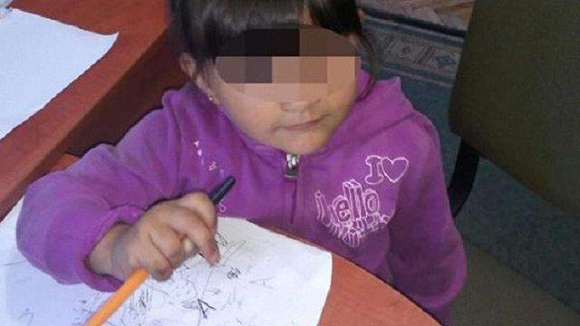 У Брюховичах знайшли 3-річну дитину без нагляду