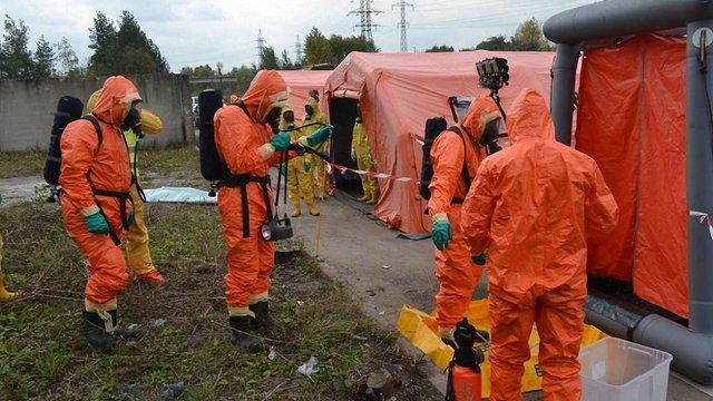 Львівські рятувальники вчилися ліквідовувати наслідки техногенних аварій