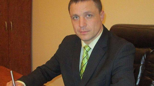 Керівник карного розшуку Львівщини сказав, що живе у дитсадку і не з'явився на суд