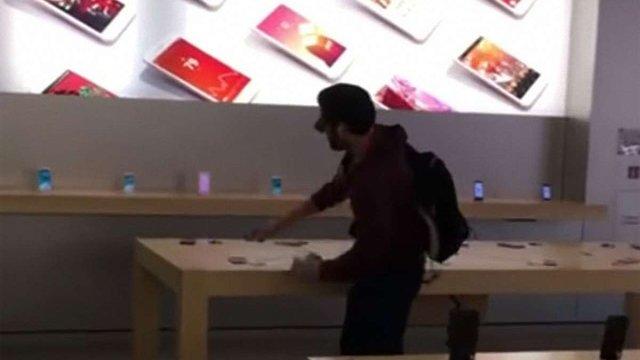 У Франції невдоволений покупець розтрощив Apple Store