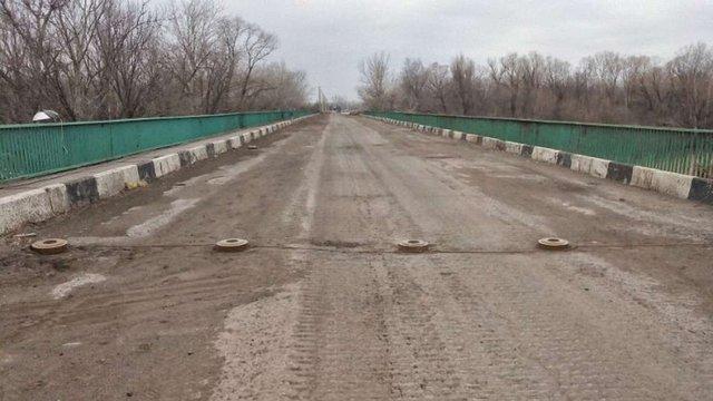 Спостерігачі ОБСЄ не змогли перейти замінований міст біля Щастя