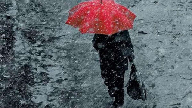 Наступного тижня українців чекають дощі та сніг