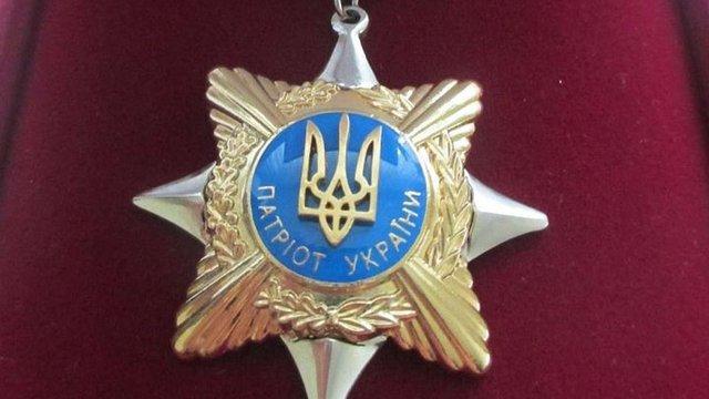 Загиблого на сміттєзвалищі рятувальника посмертно нагородили волонтерською відзнакою