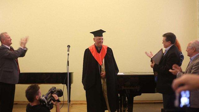 Знаменитий співак з Великобританії став почесним доктором Львівської музакадемії