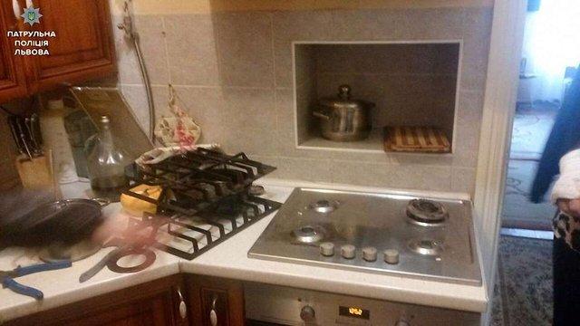 45-річна львів'янка намагалась підірвати газом власну квартиру з її 9-річним сином