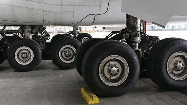 ДП «Антонов» пересадить літаки «Руслан» і «Мрія» на британські шини Dunlop