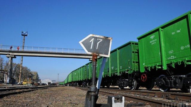 Міністр інфраструктури закликав логістів не давати хабарі за користування вантажними вагонами