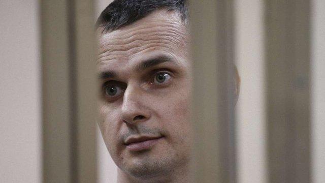 Українські кінотеатри долучились до вимог звільнити Олега Сенцова
