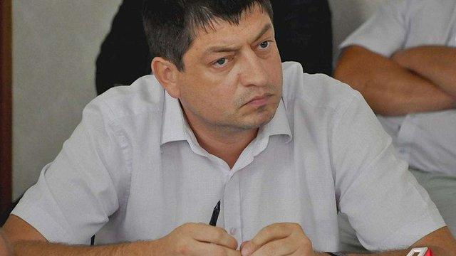 Викритого на хабарі керівника Миколаївського облавтодору відсторонили від посади
