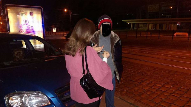 На вул. Городоцькій правоохоронці затримали таксиста, який продавав наркотики