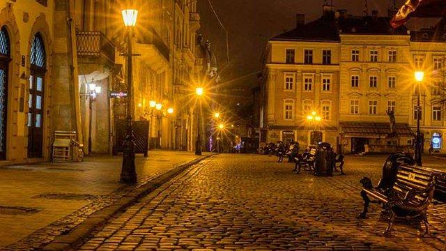 Після скарги в соцмережі у Львові змінили графіки увімкнення вуличного освітлення