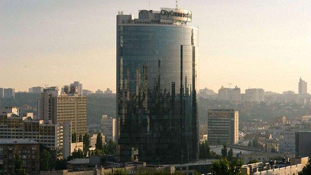Фірташ продав бізнес-центр «Парус» у Києві