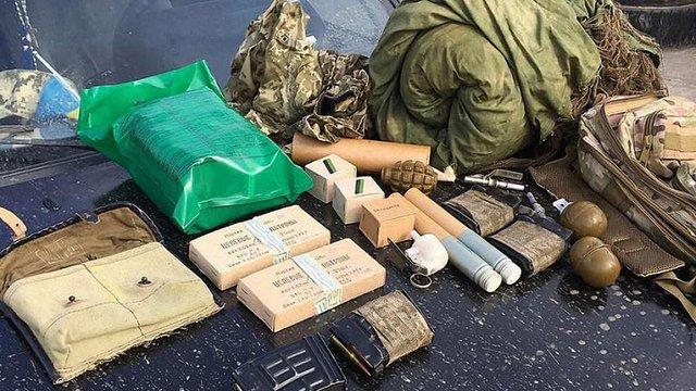 СБУ блокувала спробу вивезти зброю із зони АТО