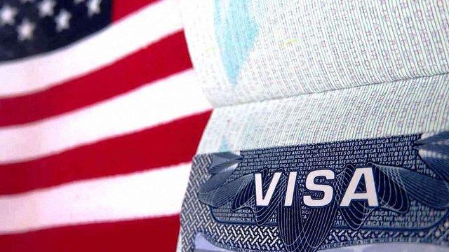 Держдепартамент США змінив правила щодо фотографій на паспорти та візи