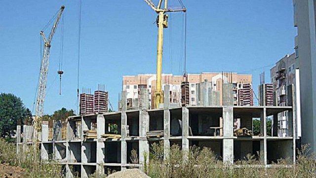 У Чернівцях директор будівельної компанії обікрав вкладників на ₴10 млн