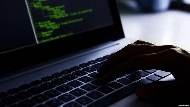 Хакери з Китаю і Росії взяли на себе відповідальність за вчорашню кібератаку на популярні сайти