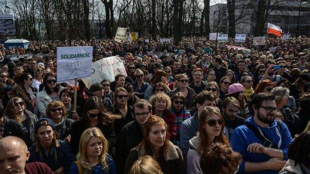 У Польщі розпочинається другий загальнонаціональний страйк жінок