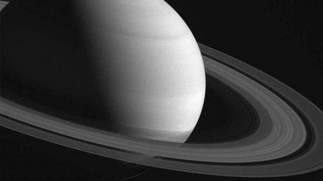 Космічний зонд Cassini зафіксував зміну пір року на Сатурні