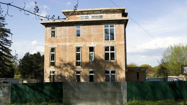 Прокуратура виявила підробку документів у справі будинку Олега Баляша у парку культури