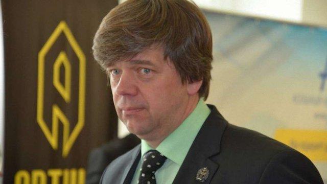 У Борисполі затримали адвоката, якого підозрюють в газових махінаціях Олександра Онищенка