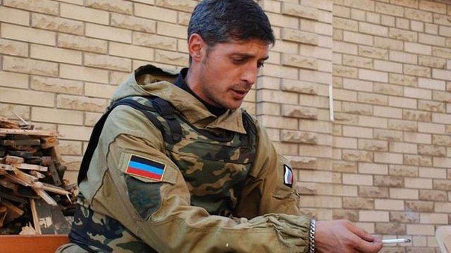 Терорист «Гіві» перевіз дівчину до Придністров'я і продає свої квартири на Донбасі
