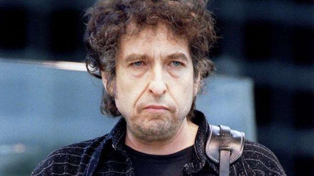 Нобелівський комітет образився на мовчання Боба Ділана