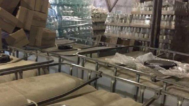 У Києві вилучили понад 10 тонн фальсифікованої горілки