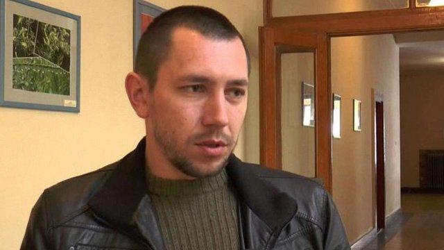 Суд відпустив керівника закарпатського «Правого сектора» на поруки народних депутатів