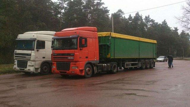 Поліція вимагає пояснити мера Глухова, як в місті опинилися 100 тонн сміття зі Львова