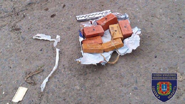 На одній із вулиць Одеси виявили пакет із тротилом