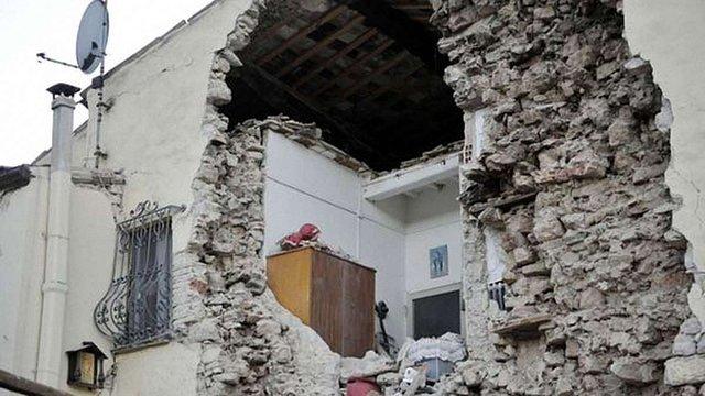 В Італії через землетрус 15 тисяч людей залишилися без даху над головою