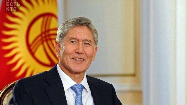 Невідомий від імені президента Киргизстану провів з Порошенком телефонну розмову